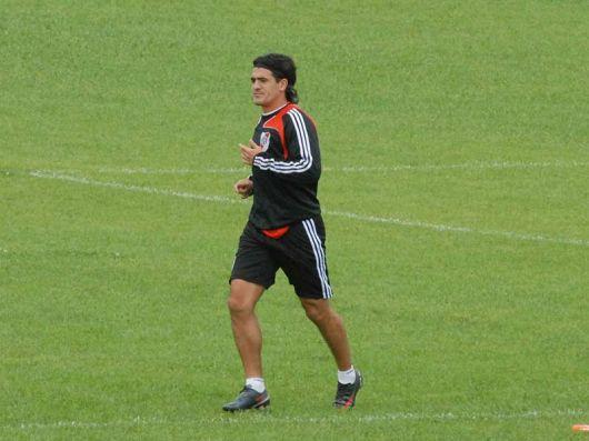 Ortega no se entrenó con el plantel y está cada vez más lejos de volver a jugar en River