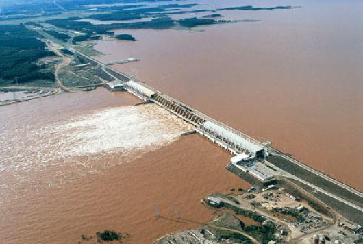 Salto Grande: denunciaron que usaron excedentes de Corrientes