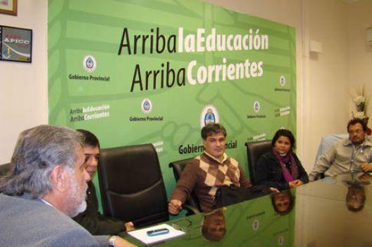 Trasladan el encuentro del Ministerior con gremios docentes al interior