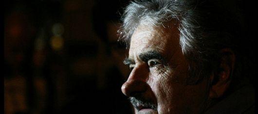 Primer paro general para Mujica