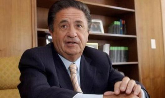 Eduardo Duhalde llega hasta Corrientes para sondear sus fuerzas