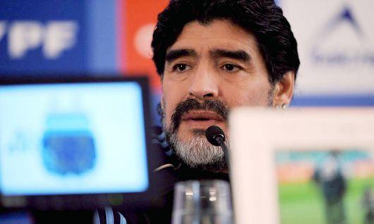 Maradona también cambió camas en la concentración argentina