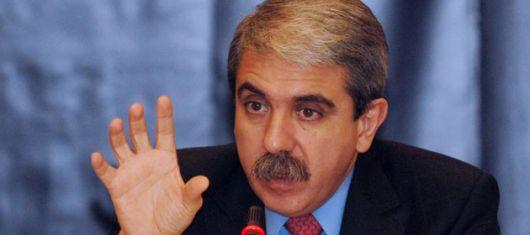 Aníbal, a la carga contra la UE y en defensa de Moreno