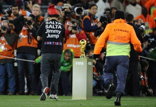 Jimmy Jump hizo de las suyas