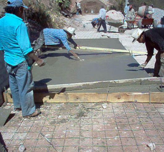 Garabí gestiona la construcción de su terminal y más pavimentación