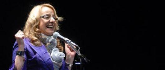 Alicia Kirchner quiere convertir $13 mil millones de ayuda social en votos