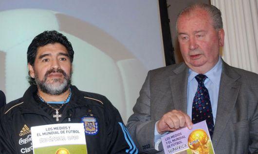 AFA: Maradona nunca se fue de la Selección, siempre está llegando