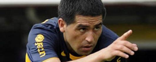 Riquelme finalmente arregló y seguirá en Boca por 4 años más