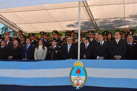 Nuevas comisarías y más patrulleros