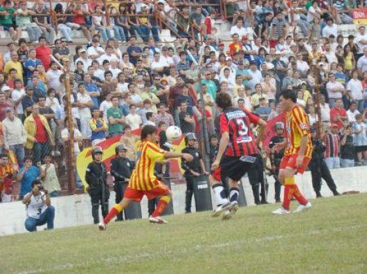 Sánchez prueba el equipo en Huracán