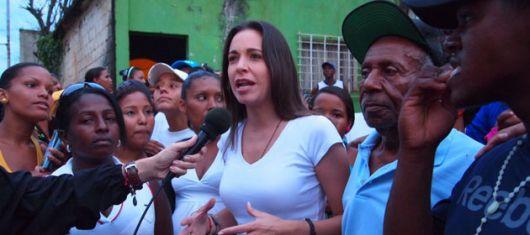 A 1 semana de los comicios que complicarán a Chávez