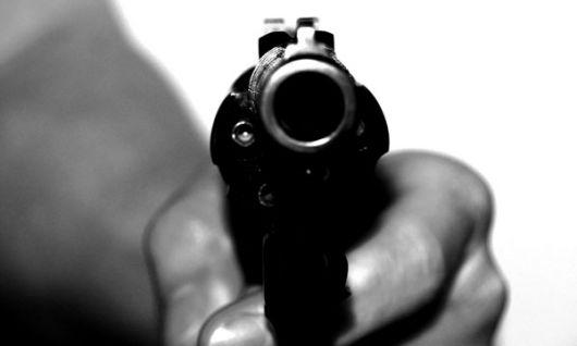 Con pistolas y cuchillos asaltaron a dos aspirantes a cabo de policía