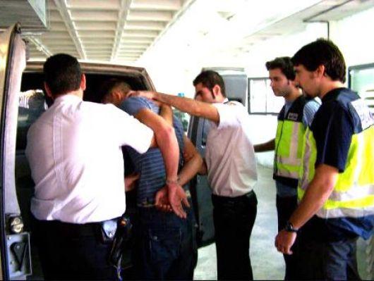 Secuestran droga y detienen a ocho jóvenes en diferentes procedimientos en la ciudad