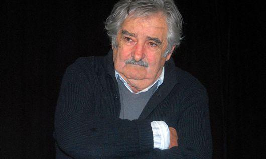 """Mujica reclamó que baje la carne y aseguró que los frigoríficos """"se pasaron de la raya"""""""