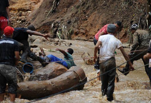 Más de 330 muertos por las lluvias en Brasil