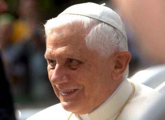 El Papa Benedicto XVI redactó su primer tweet