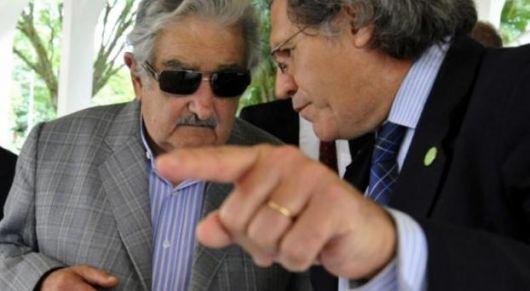 Debate en Uruguay por el canal Martín García