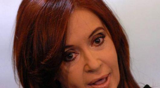 Clarín, La Nación y El Cronista le apuntan al Gobierno nacional