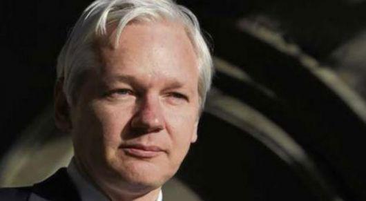 Assange tiene más sorpresas