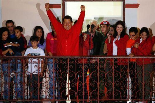Chávez ganó pero la mitad del país no lo votó