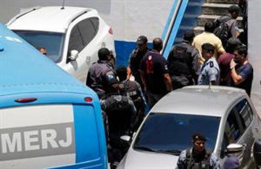 Arrestan a 59 policías con  vínculos al narcotráfico