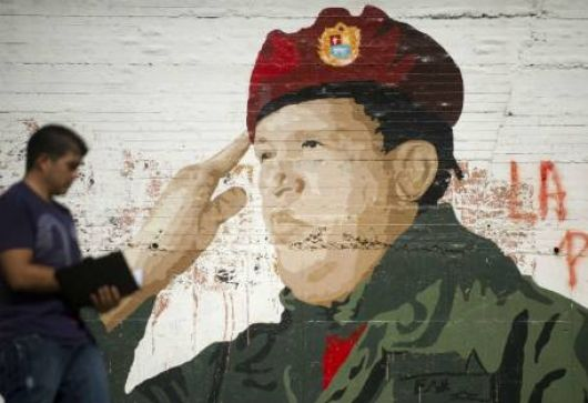 Para la Justicia, Chávez no necesita jurar
