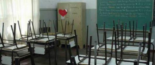 """Ante la """"falta de propuestas"""", docentes de todo el país reafirman el paro"""