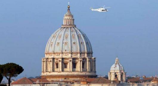 Ya no hay Papa en la Iglesia Católica y convocan a los cardenales