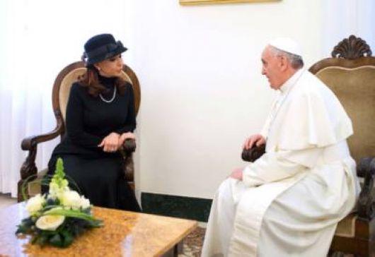 Diálogo que mantuvieron Francisco y la Presidente