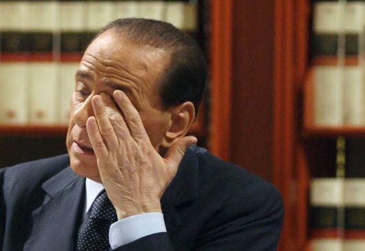 Condenan a siete años de prisión a Berlusconi por corrupción de menores