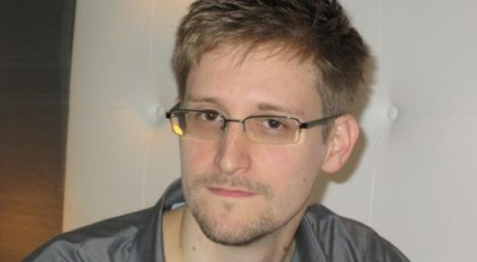 """Razones de una persecución: Lo que sabe Snowden sobre los ET""""s"""