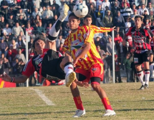 Boca Unidos, recibe al Rojo en Corrientes