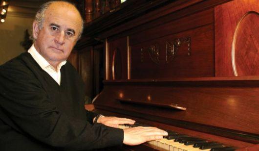 Parrili: su afición por el piano y los gustos de Cristina