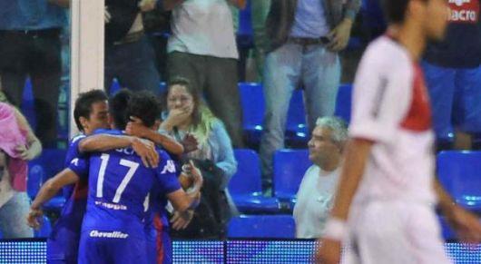 El torneo cambió de manos: Cayó Newell´s y San Lorenzo es único puntero