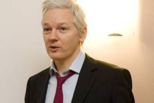 "Assange defendió el ""derecho a la verdad"""
