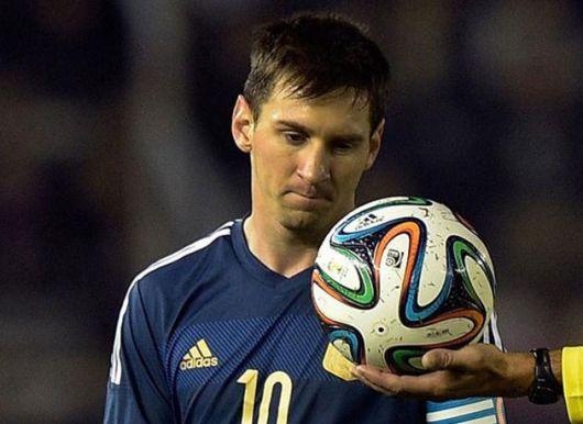 Messi, elegido el mejor jugador, opinó sobre el DT