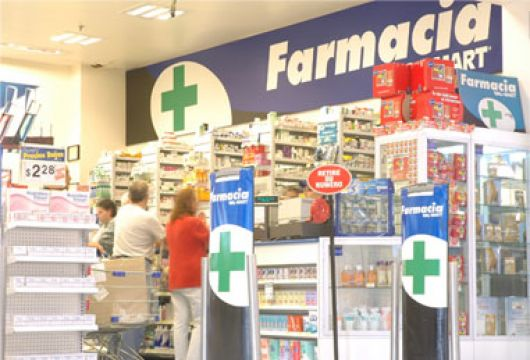 Descartan que las farmacias cobren un plus