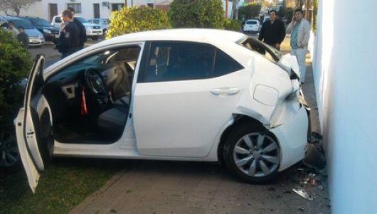 Bella Vista: accidente con auto del Intendente casi provoca una tragedia