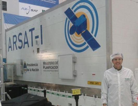 """El correntino que trabajó en el armado del """"Arsat-1"""""""