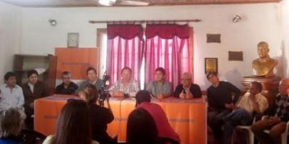<p>Gran apoyo de la dirigencia de Monte Caseros a la candidatura de Scioli&nbsp;</p>