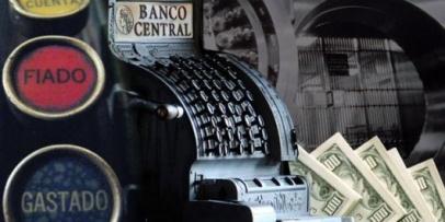 <p>El Banco Central tiene d&oacute;lares &nbsp;hasta diciembre</p>