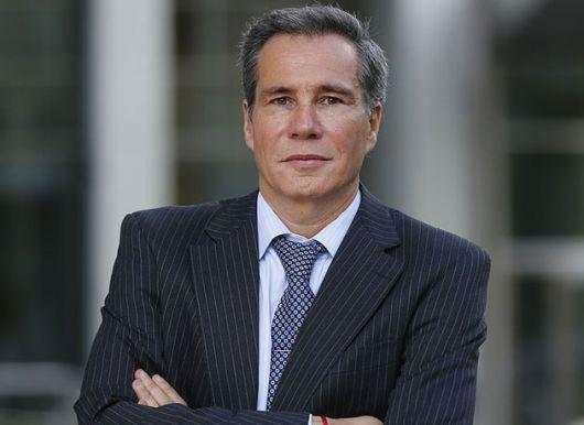 <p>El fiscal determin&oacute; que Nisman fue asesinado</p>