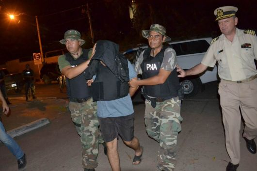 <p>Investigan a m&aacute;s sospechosos de conformar una amplia red narco</p>