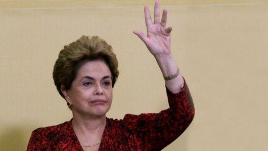 <p>El senado brasilero apart&oacute; a Dilma del poder&nbsp;</p>