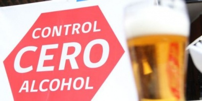 <p>Regir&aacute; el &ldquo;alcohol cero&rdquo; en las recepciones</p>