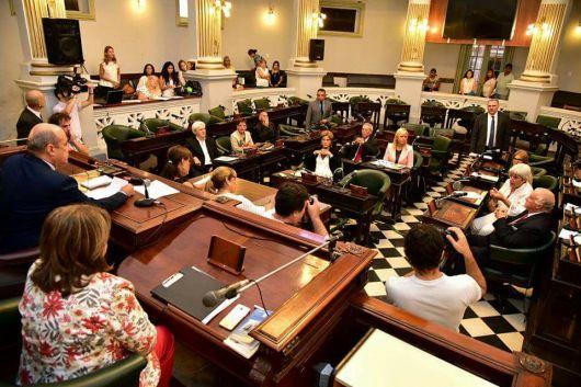 <p>&nbsp;Variado temario en la agenda del Senado</p>
