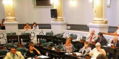 <p>El senador, Breard impulsa la autonom&iacute;a energ&eacute;tica e igualdad de tratamiento</p>