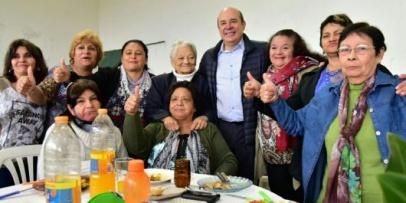 <p>Canteros: &ldquo;Nuestros mayores son un ejemplo a seguir&rdquo;</p>