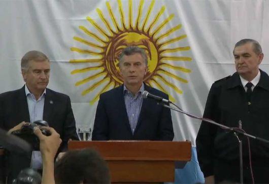 <p>Macri (con Aguad al lado) pidi&oacute; no buscar &quot;culpables&quot; hasta tener la &quot;informaci&oacute;n completa&quot;</p>