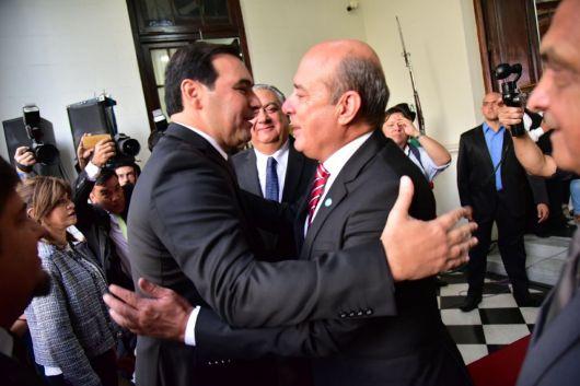 <p>Canteros brind&oacute; un fuerte apoyo a Vald&eacute;s en la Asamblea Legislativa</p>
